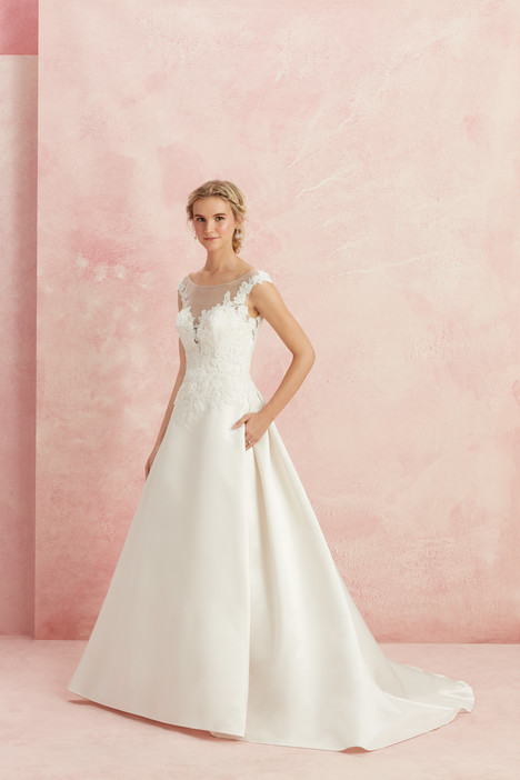 Dignity (BL225) gown from the 2017 Beloved By Casablanca collection, as seen on dressfinder.ca