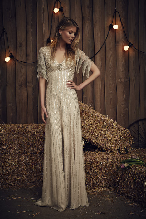 Savannah (JPB650) gown from the 2017 Jenny Packham collection, as seen on dressfinder.ca