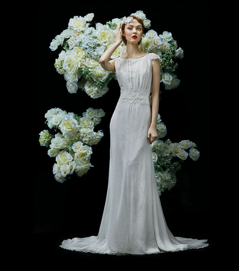 Balsam gown from the 2017 Annasul Y collection, as seen on dressfinder.ca