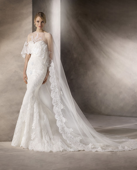 Hayden gown from the 2017 La Sposa collection, as seen on dressfinder.ca