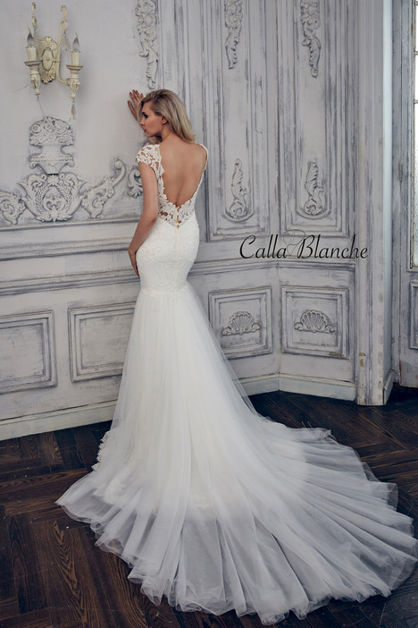 17101 (back) gown from the 2017 Calla Blanche collection, as seen on dressfinder.ca
