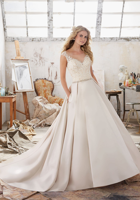 8103 gown from the 2017 Mori Lee: Bridal collection, as seen on dressfinder.ca