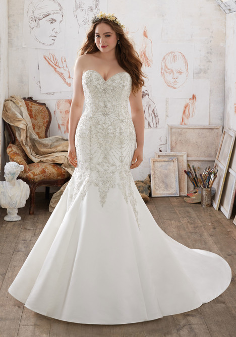 3218 gown from the 2017 Mori Lee: Julietta collection, as seen on dressfinder.ca