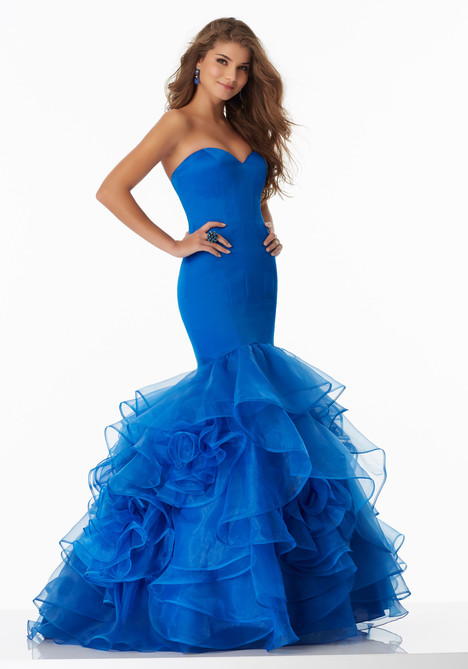 99011 (royal) gown from the 2017 Mori Lee Prom collection, as seen on dressfinder.ca