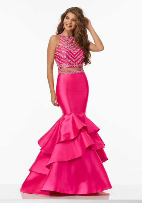 99039 (hot pink) gown from the 2017 Mori Lee Prom collection, as seen on dressfinder.ca