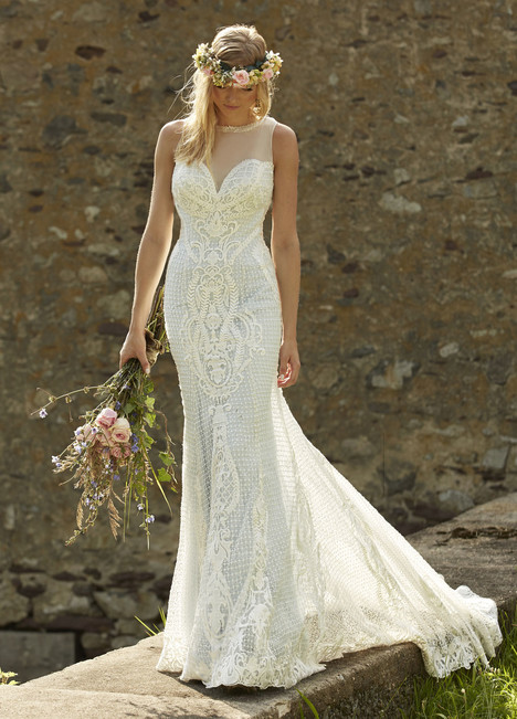 10459 gown from the 2017 Ashley & Justin Bride collection, as seen on dressfinder.ca