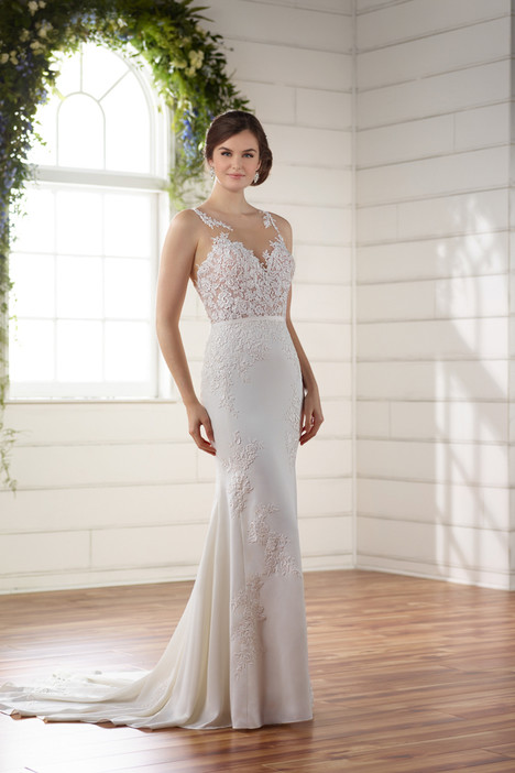 D2215 gown from the 2017 Essense of Australia collection, as seen on dressfinder.ca