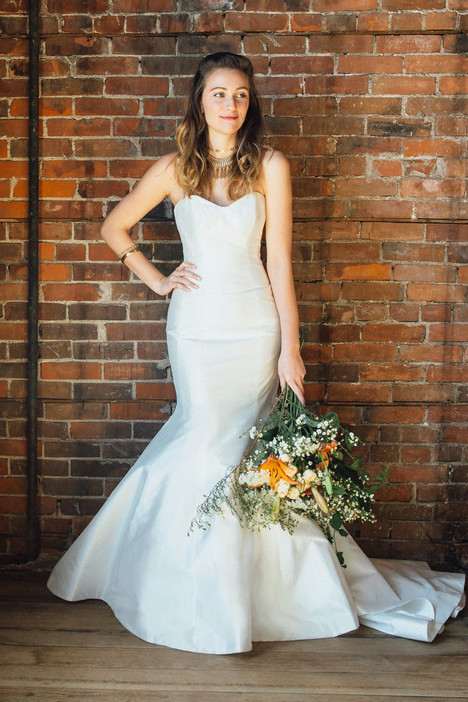 Marigold gown from the 2017 Lea-Ann Belter collection, as seen on dressfinder.ca