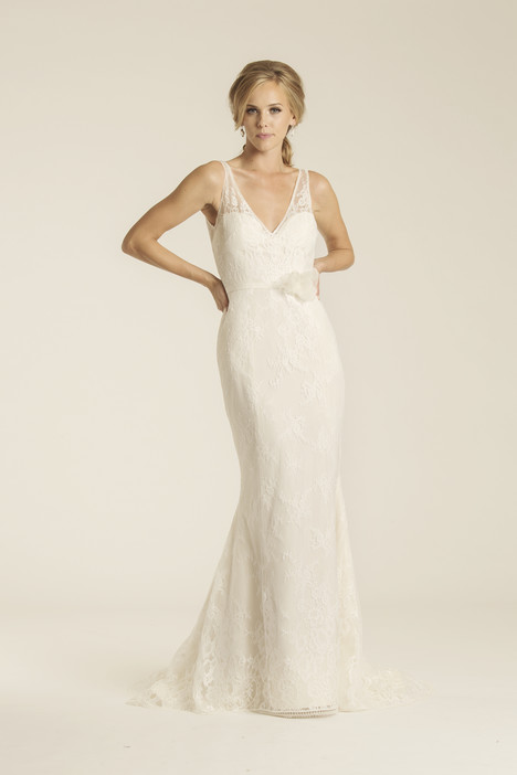 Malibu gown from the 2017 Amy Kuschel collection, as seen on dressfinder.ca