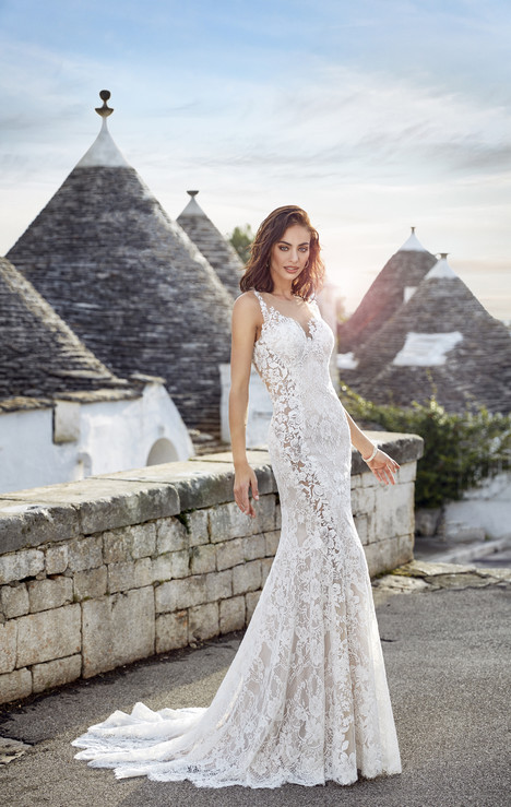 Adela gown from the 2018 Eddy K : Dreams collection, as seen on dressfinder.ca