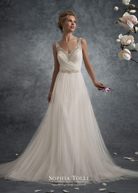 Delta (Y21755) gown from the 2017 Sophia Tolli collection, as seen on dressfinder.ca