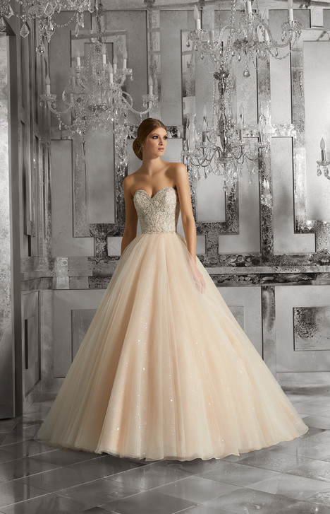 8175 gown from the 2017 Mori Lee: Bridal collection, as seen on dressfinder.ca