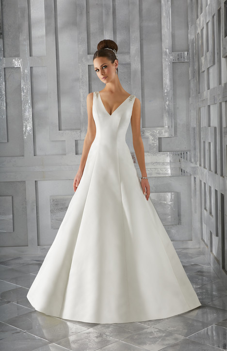 5574 gown from the 2017 Mori Lee: Blu collection, as seen on dressfinder.ca