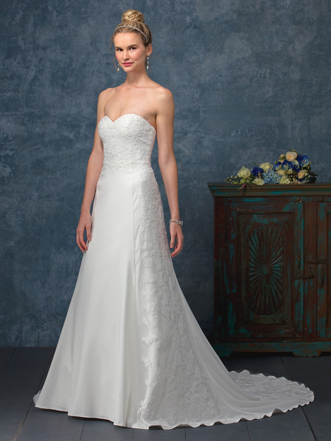 Catalina (BL243) gown from the 2017 Beloved By Casablanca collection, as seen on dressfinder.ca