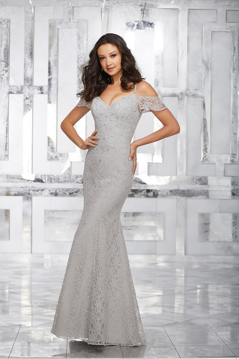 21531 gown from the 2017 Mori Lee : Bridesmaids collection, as seen on dressfinder.ca