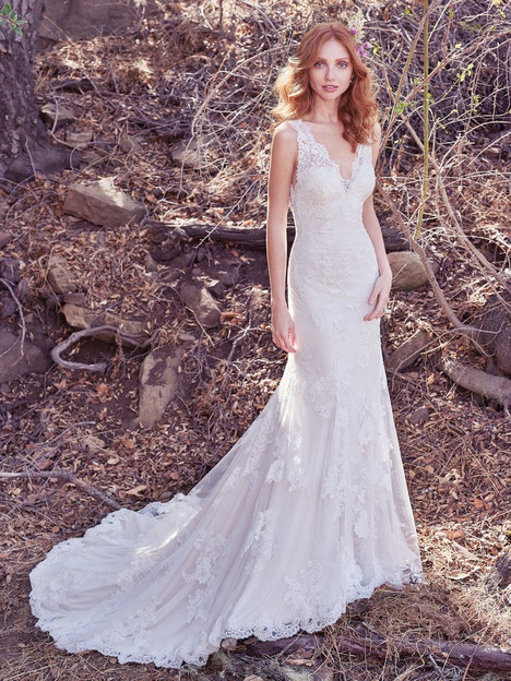 Ramona gown from the 2017 Maggie Sottero collection, as seen on dressfinder.ca