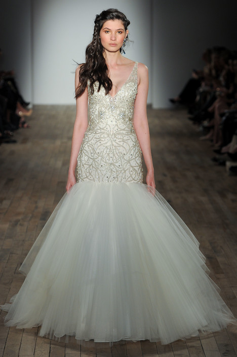 3752 gown from the 2017 Lazaro collection, as seen on dressfinder.ca