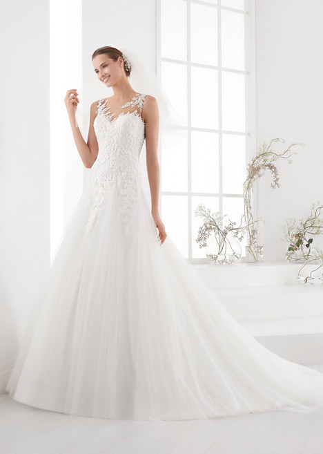 AUAB18911 gown from the 2018 Aurora collection, as seen on dressfinder.ca