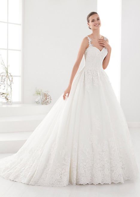 AUAB18923 gown from the 2018 Aurora collection, as seen on dressfinder.ca