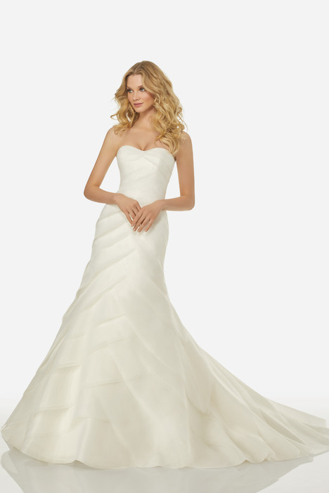 Celine (3406) gown from the 2018 Randy Fenoli Bridal collection, as seen on dressfinder.ca