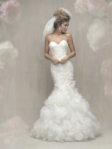 C450 gown from the 2017 Allure Bridals : Allure Couture collection, as seen on dressfinder.ca