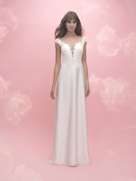3054 gown from the 2017 Allure Romance collection, as seen on dressfinder.ca