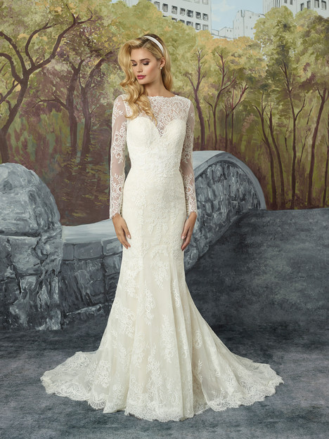 8918 gown from the 2017 Justin Alexander collection, as seen on dressfinder.ca