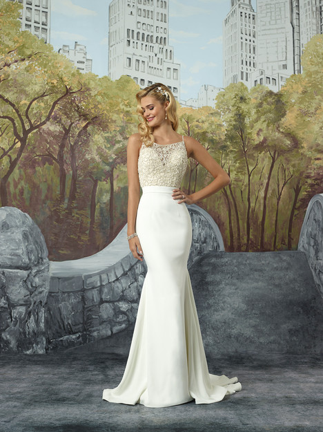 8935 gown from the 2017 Justin Alexander collection, as seen on dressfinder.ca