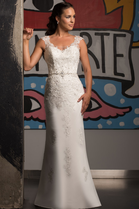 500 gown from the 2015 Bridalane collection, as seen on dressfinder.ca