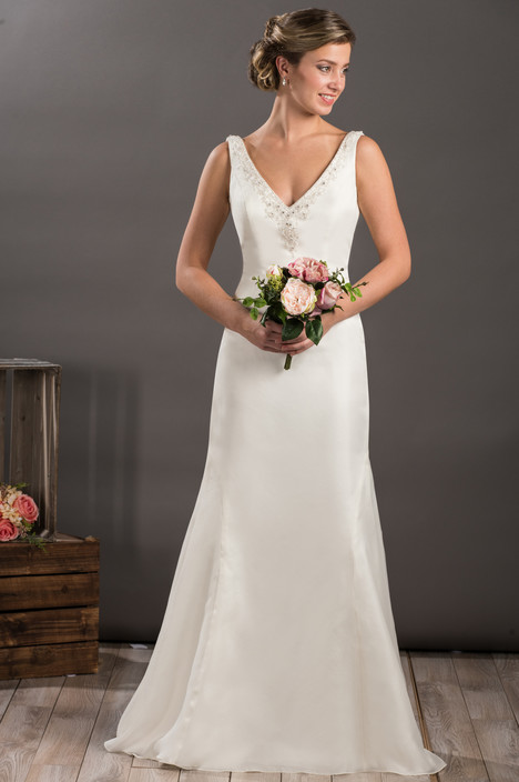 604 gown from the 2017 Bridalane collection, as seen on dressfinder.ca