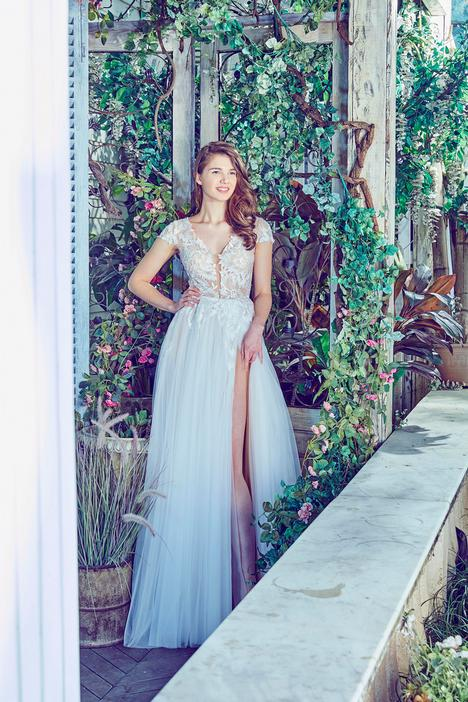 LA7271 gown from the 2017 L'Amour by Calla Blanche collection, as seen on dressfinder.ca
