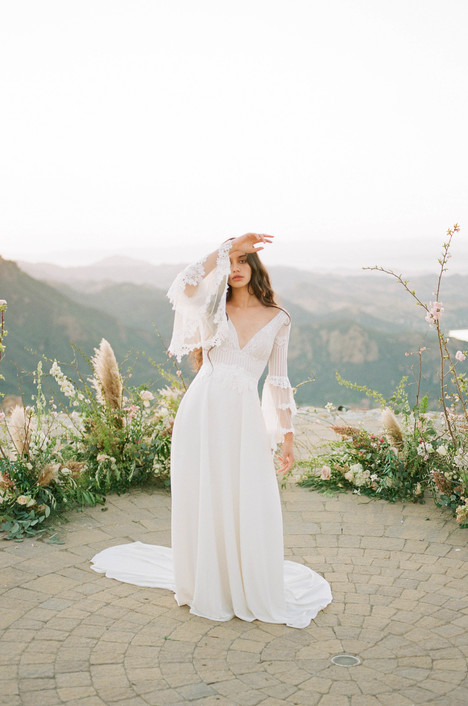 Sauvignon gown from the 2018 Claire Pettibone : Romantique collection, as seen on dressfinder.ca