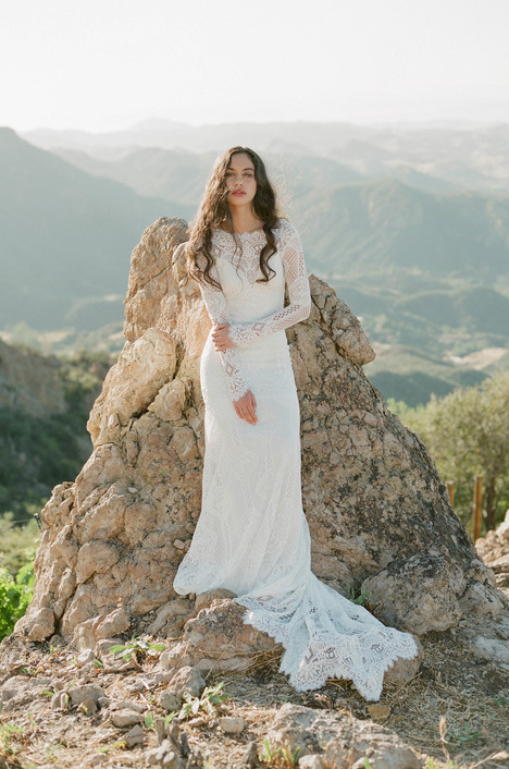 Shenandoah gown from the 2018 Claire Pettibone : Romantique collection, as seen on dressfinder.ca