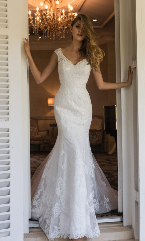 4304 gown from the 2018 Christina Rossi collection, as seen on dressfinder.ca