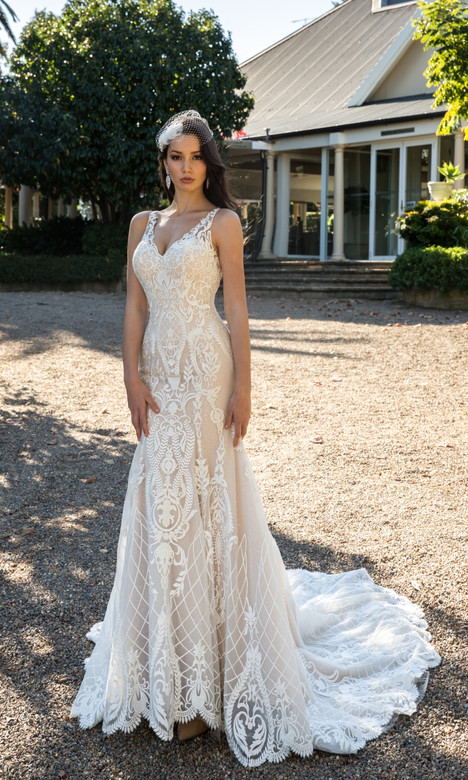 4332 gown from the 2018 Christina Rossi collection, as seen on dressfinder.ca