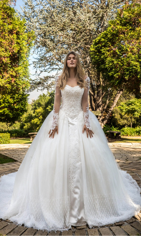 Juliet gown from the 2018 Christina Rossi collection, as seen on dressfinder.ca