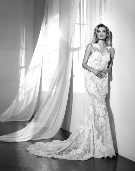 Zaltana gown from the 2018 Studio St. Patrick collection, as seen on dressfinder.ca