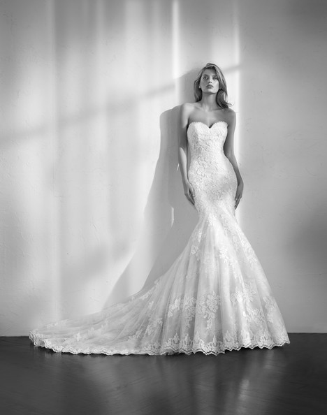 Zelda Wedding Dress By Studio St Patrick The Dressfinder Canada