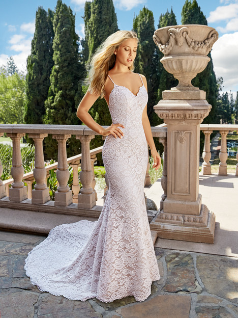 J6542 gown from the 2018 Moonlight : Collection collection, as seen on dressfinder.ca