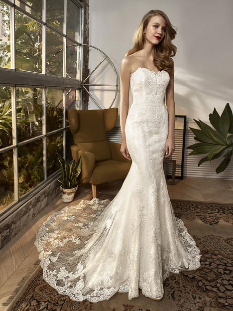 BT18-03 gown from the 2018 Enzoani Beautiful Bridal collection, as seen on dressfinder.ca
