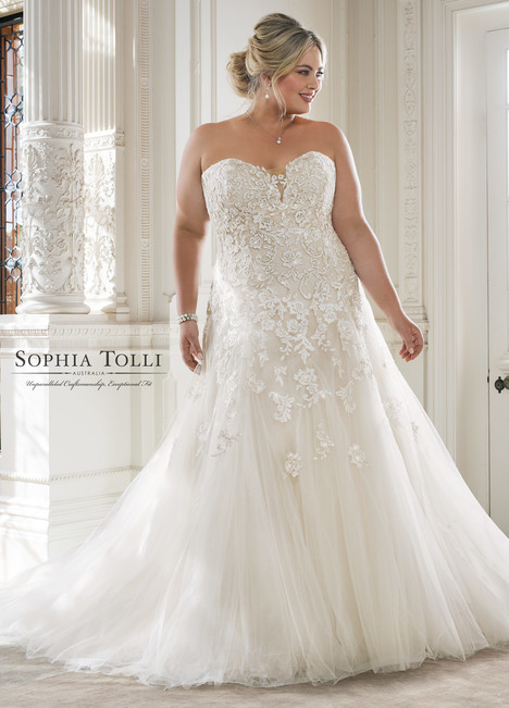 Adonia (Y11866LS) gown from the 2018 Sophia Tolli collection, as seen on dressfinder.ca