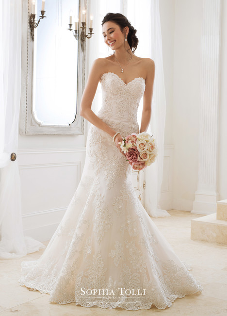Alexia (Y11870) gown from the 2018 Sophia Tolli collection, as seen on dressfinder.ca
