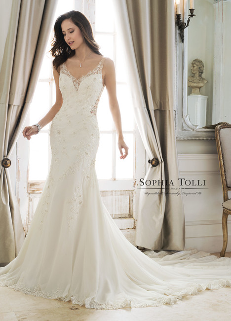 Desdemona (Y11879) gown from the 2018 Sophia Tolli collection, as seen on dressfinder.ca