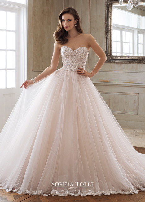 Aella (Y11891) gown from the 2018 Sophia Tolli collection, as seen on dressfinder.ca
