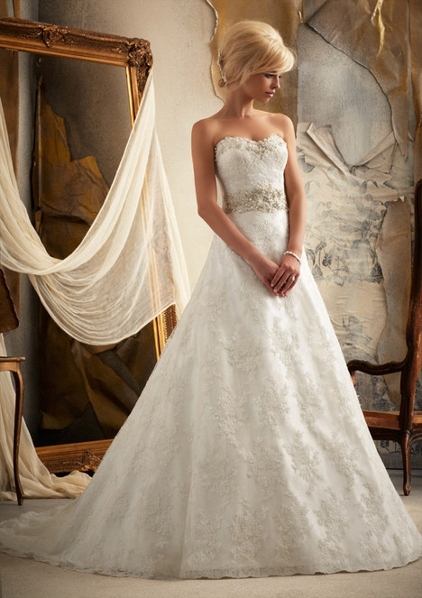 1913 gown from the 2014 Morilee Bridal collection, as seen on dressfinder.ca