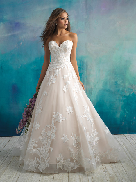 9502 gown from the 2018 Allure Bridals collection, as seen on dressfinder.ca