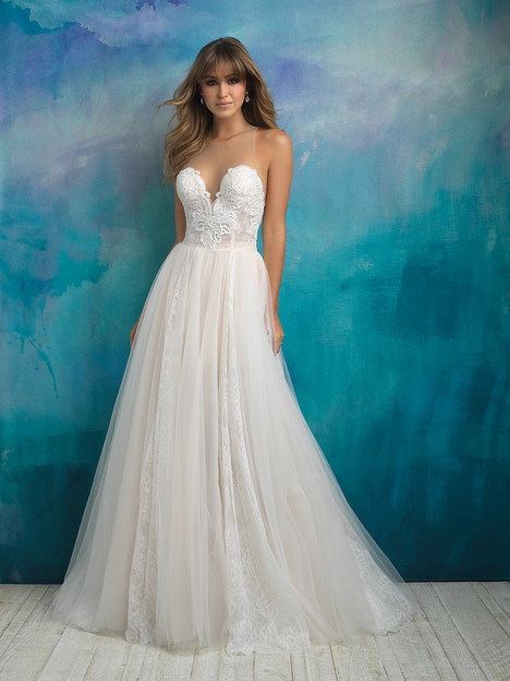 03c41c2b28e66 9505 gown from the 2018 Allure Bridals collection
