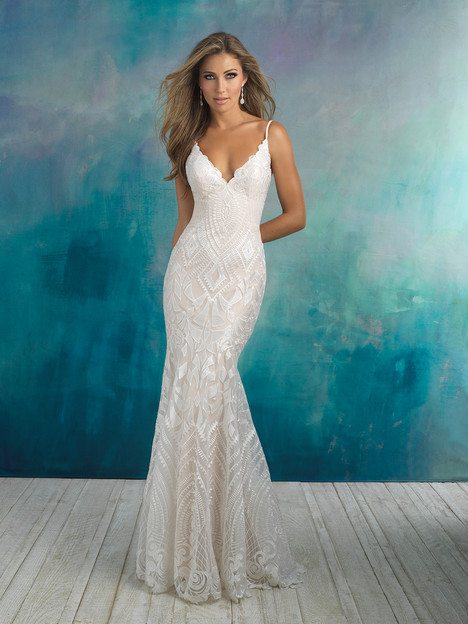 9508 gown from the 2018 Allure Bridals collection, as seen on dressfinder.ca