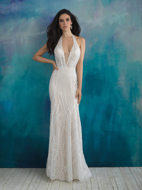 9522 gown from the 2018 Allure Bridals collection, as seen on dressfinder.ca