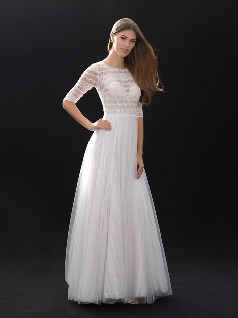 MJ400 gown from the 2018 Madison James collection, as seen on dressfinder.ca